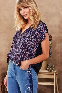 Violet-Top_R6006XBT_Neve-Jean-Lilac-&-Sage-at-Fetts-Boutique-Wahroonga-Sydney