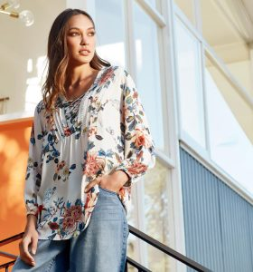 Verge-Fetts-Boutique-Wahroonga_Langtree-Top_Buttermilk_6136XBT_Drop-Jean-(3)