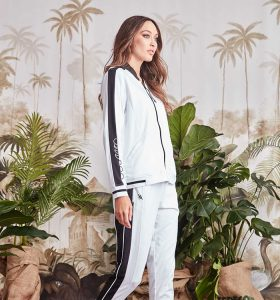 Fetts-Boutique-Wahroonga-6343SF_Rotation-Jkt_White-6351SF_Rotation-Pant_White