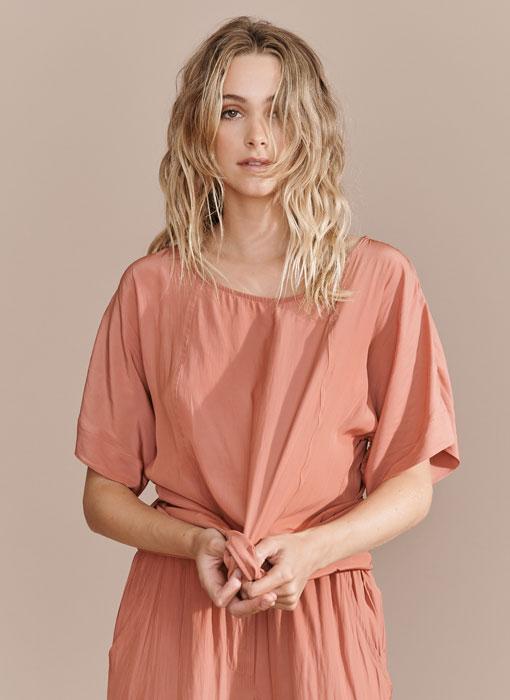 Fetts-Boutique-LAYERD-WTE461S21_Earthy-Pink